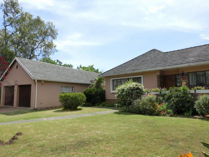 Property For Sale in Golden Acre, Somerset West 5