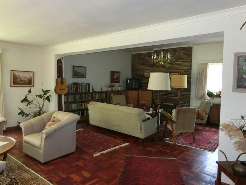 Property For Sale in Golden Acre, Somerset West 3