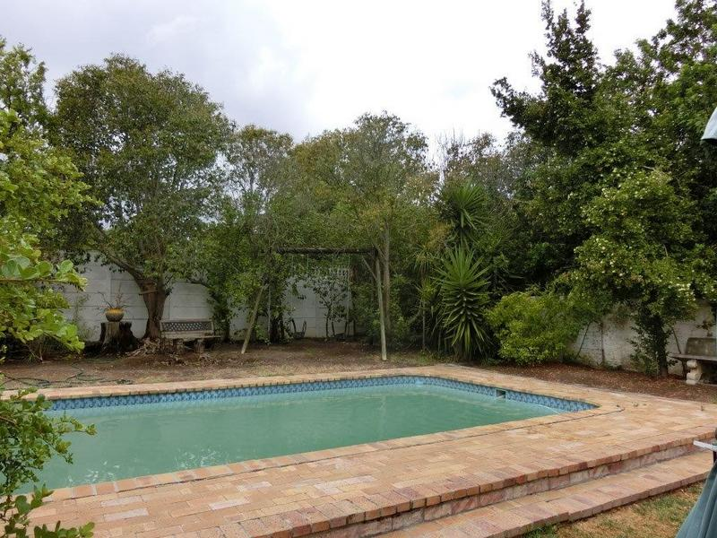 Property For Sale in Stuart'S Hill, Somerset West 14