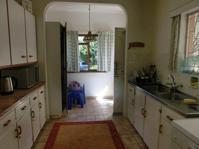 Property For Sale in Golden Acre, Somerset West 9