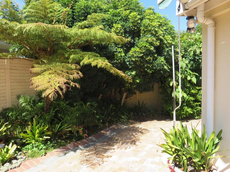 Property For Sale in Bizweni, Somerset West 11