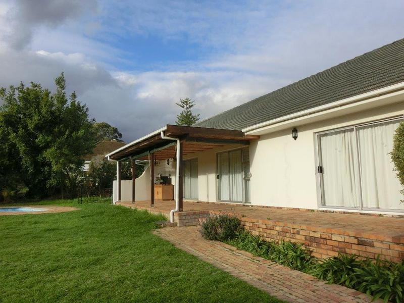 Property For Sale in Jacques Hill Estate, Somerset West 12