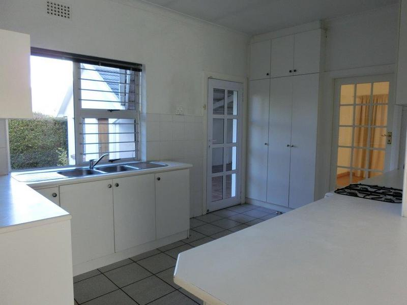 Property For Sale in Jacques Hill Estate, Somerset West 3