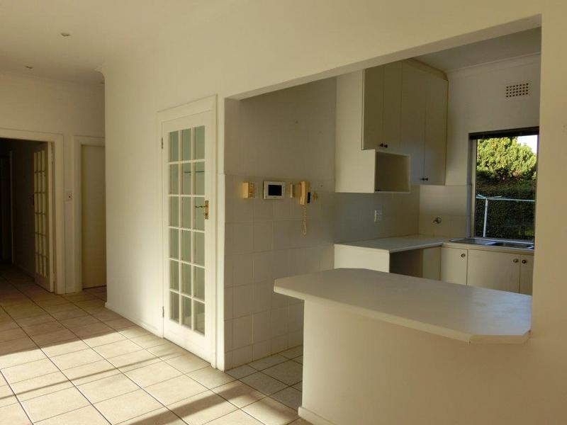 Property For Sale in Jacques Hill Estate, Somerset West 6