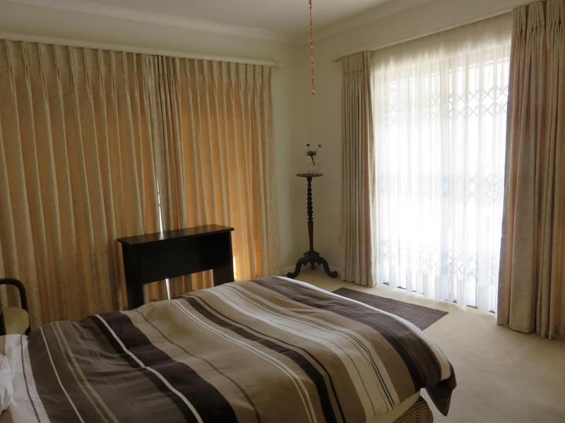 Property For Sale in Roundhay, Somerset West 15