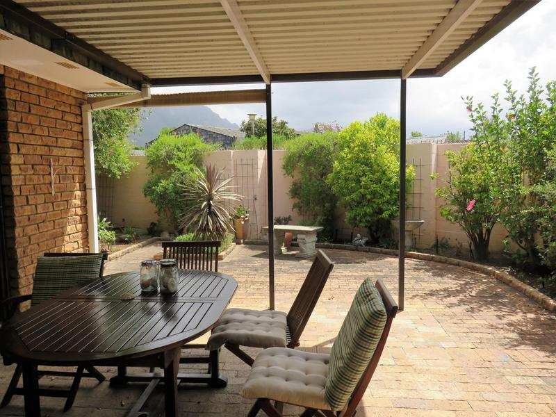 Property For Sale in Roundhay, Somerset West 6