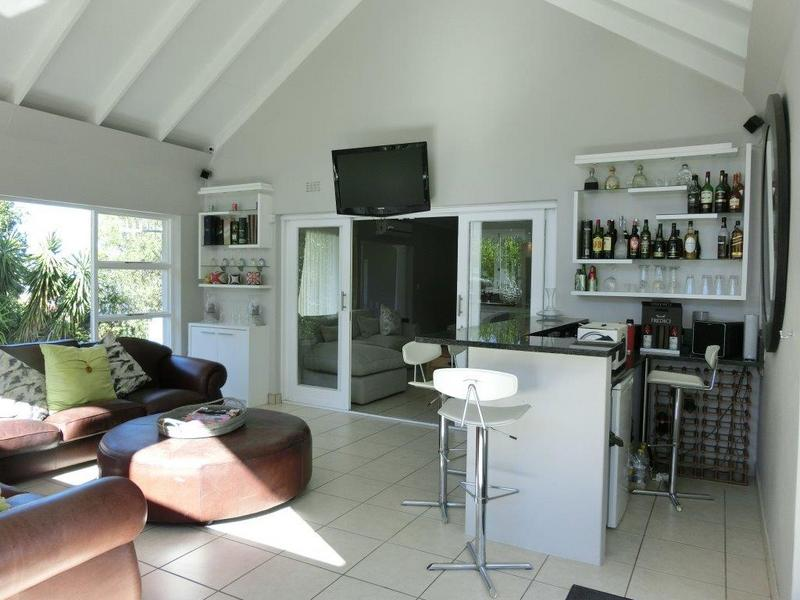 Property For Sale in Heldervue, Somerset West 7