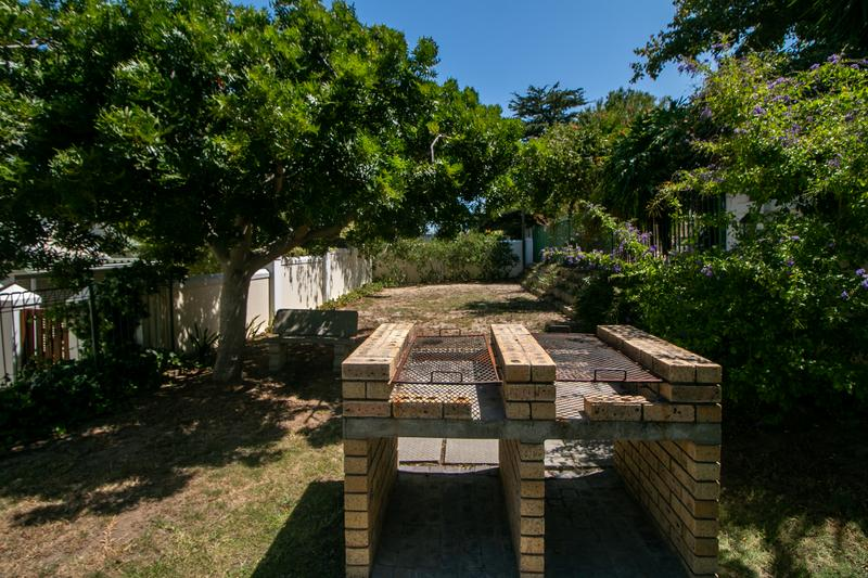 Property For Sale in Monte Sereno, Somerset West 25
