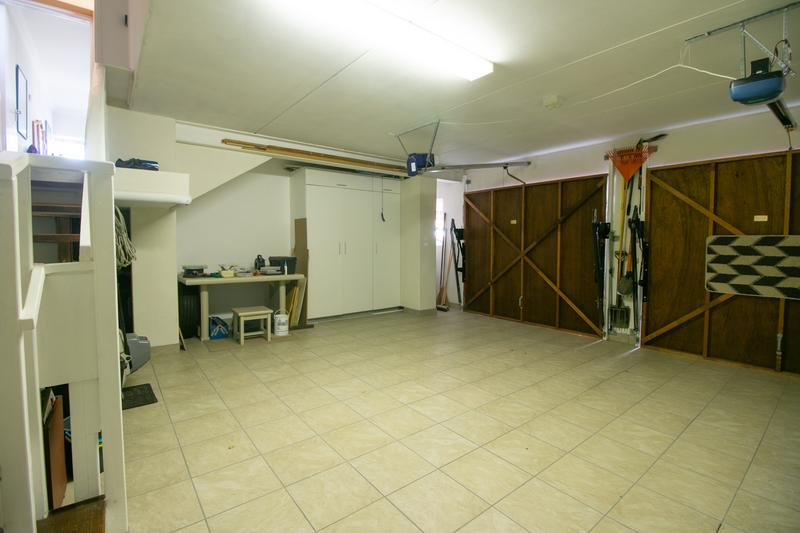 Property For Sale in Monte Sereno, Somerset West 28