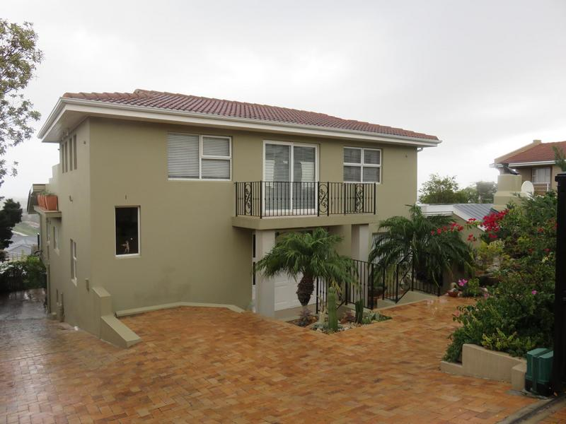 Property For Sale in Dennegeur, Somerset West 1