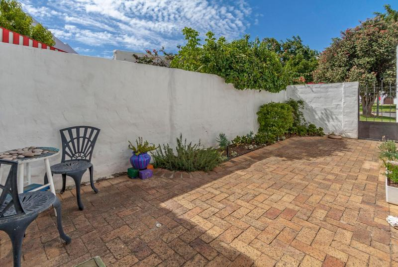 Property For Sale in Morningside, Somerset West 5