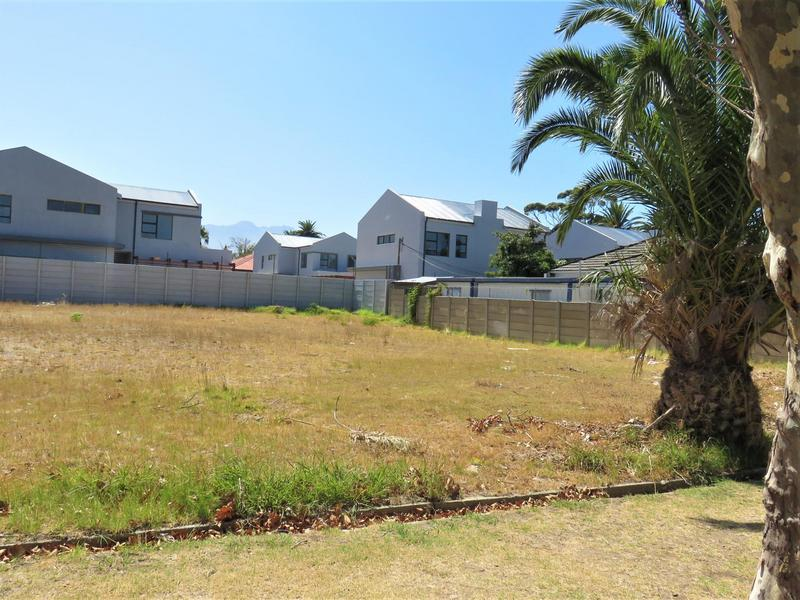 Property For Sale in Audas Estate, Somerset West 3