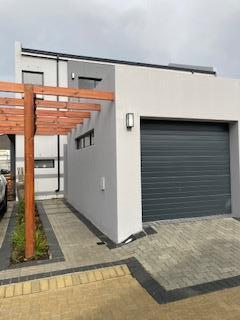 Property For Sale in Audas Estate, Somerset West 17