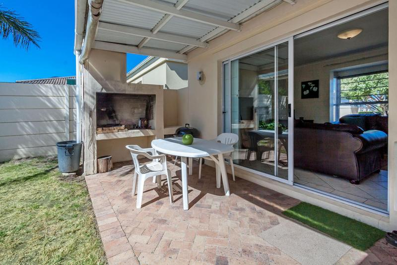 Property For Sale in Somerset Ridge, Somerset West 20