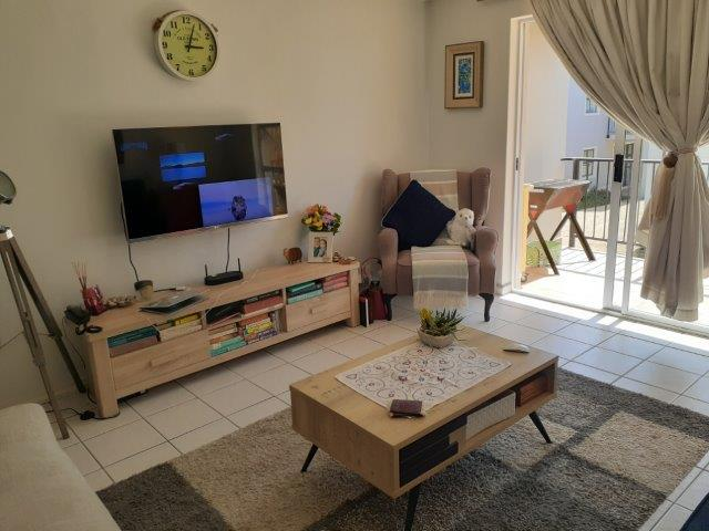 Property For Rent in Heritage Park, Somerset West 3