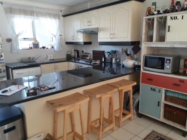 Property For Rent in Heritage Park, Somerset West 5
