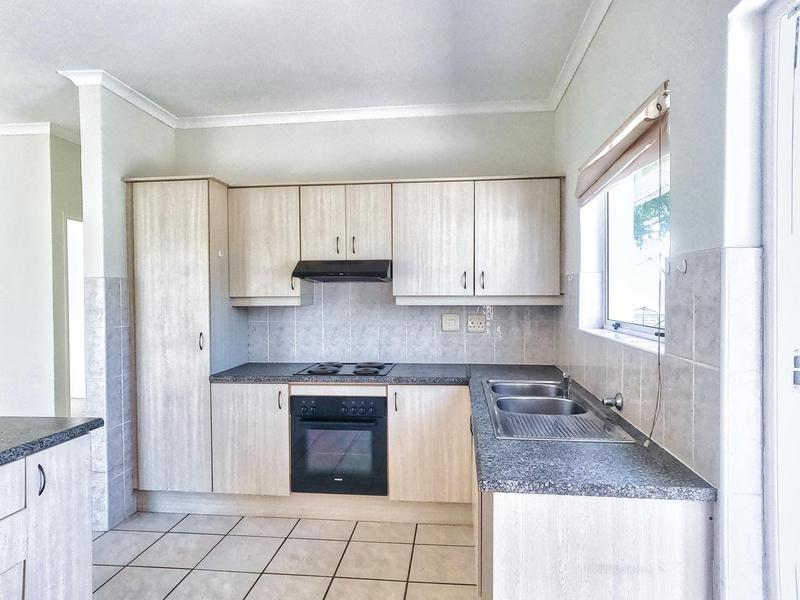 Property For Sale in Somerset Ridge, Somerset West 6