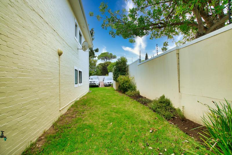 Property For Sale in Rome Glen, Somerset West 19