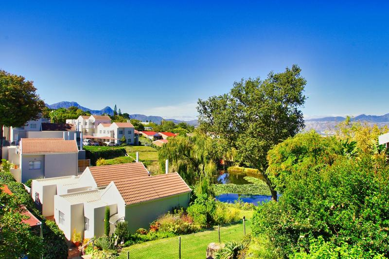 Property For Sale in Briza, Somerset West 31