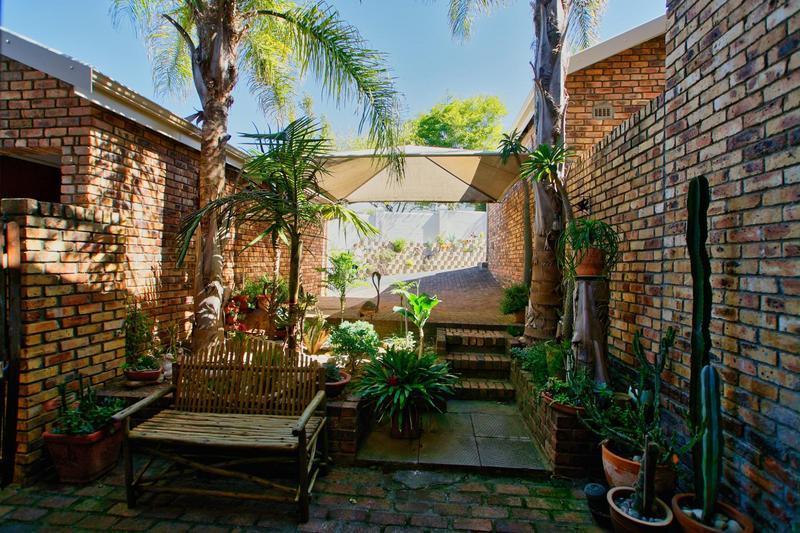 Property For Sale in Briza, Somerset West 32