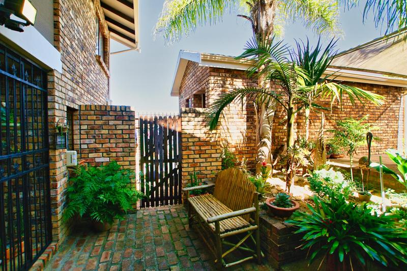 Property For Sale in Briza, Somerset West 33