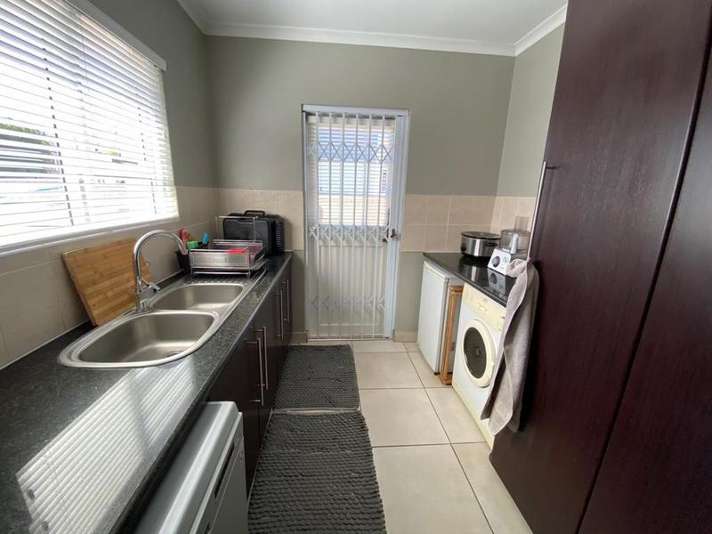 House For Sale in Somerset Ridge, Somerset West