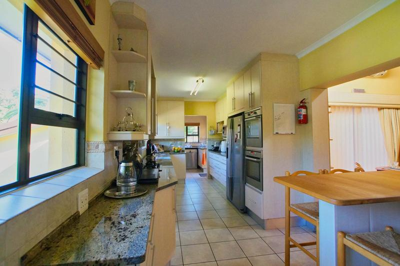Property For Sale in Westridge, Somerset West 10