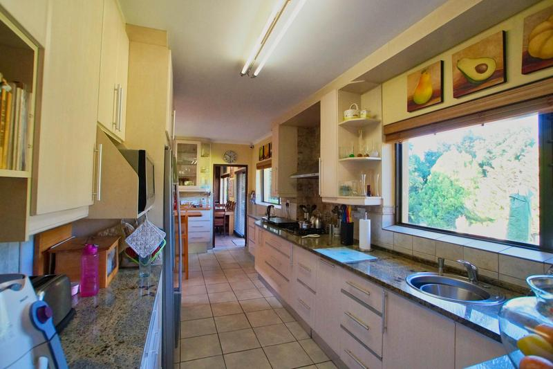 Property For Sale in Westridge, Somerset West 11