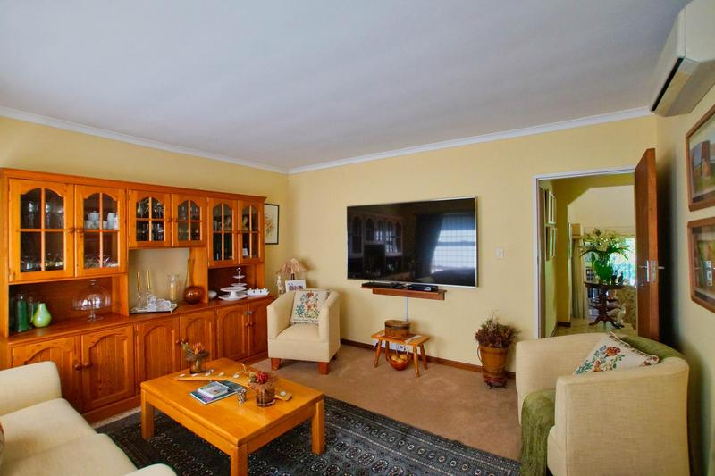 Property For Sale in Westridge, Somerset West 21