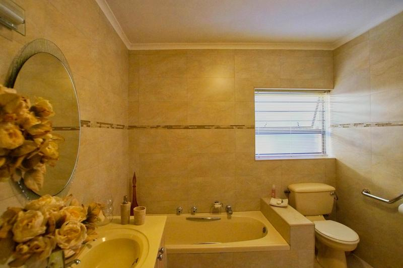 Property For Sale in Westridge, Somerset West 31