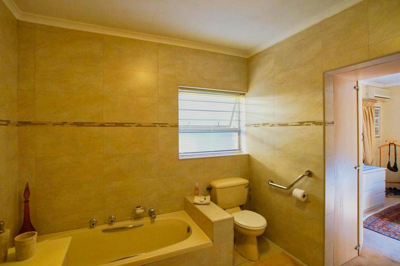 Property For Sale in Westridge, Somerset West 33