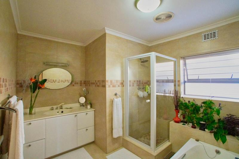 Property For Sale in Westridge, Somerset West 34