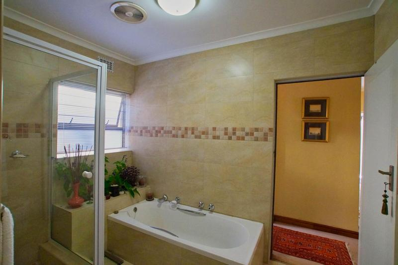 Property For Sale in Westridge, Somerset West 35
