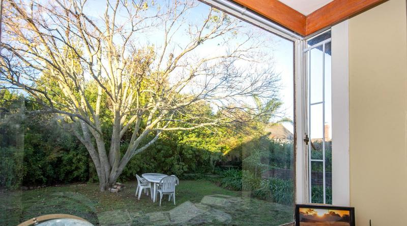 House For Sale in  Briza, SOMERSET WEST
