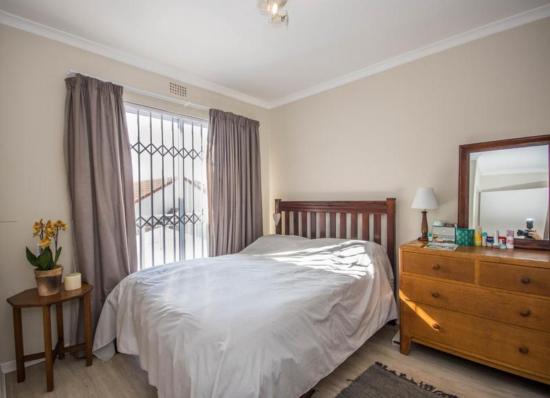Property For Sale in Somerset Ridge, Somerset West 11