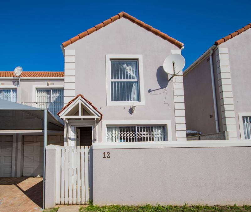 Property For Sale in Somerset Ridge, Somerset West 16